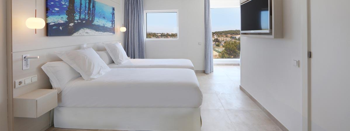 Hotel-Iberostar-Santa-Eulalia-S'ARGAMASSA-Doble-4-MG18262